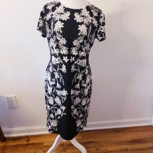 Karl lagerfeld size 12 black white floral dress